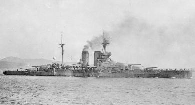 HMS_Queen_Elizabeth_Lemnos_1915_AWM_H12931_clipped
